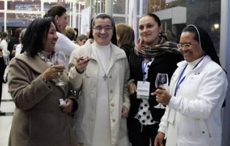 America Colombia Una Llamada A La Amistad Social De Parte Del Arzobispo De Bogota No Podemos Permanecer Indiferentes Agenzia Fides