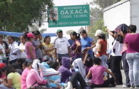 gli insegnanti di Oaxaca