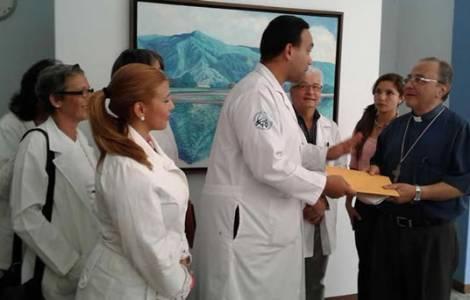 Médecins de Maracay en compagnie de S.Exc. Mgr Raf