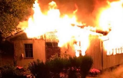 Nouvelle église incendiée
