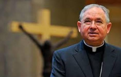 Mons. José Gómez