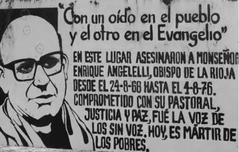 """""""Stare sempre con un orecchio rivolto al popolo e l'altro verso il Vangelo""""."""