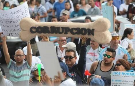 """""""La lotta alla corruzione è fondamentale"""" denunciano i Vescovi"""