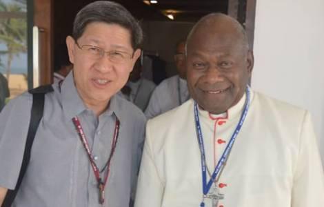 Il cardinale Ribat (a destra) con il Cardinale filippino Tagle