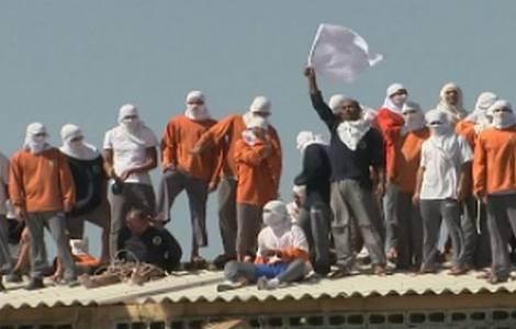 Revolta numa Penitenciária do Brasil