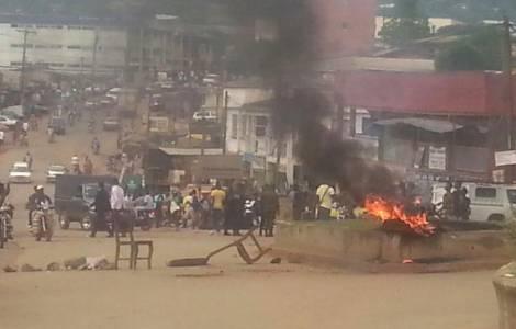 Confrontos em Bamenda