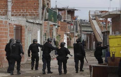 As ameaças do narcotráfico obrigam a transferência