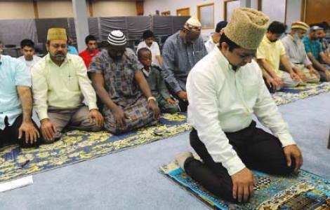 Ahmadis en prière