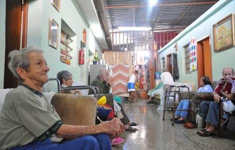 Anziani a Los Teques
