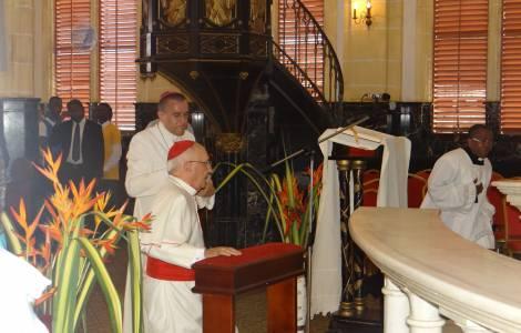 Ordination de trois Evêques à Mongomo de la part d