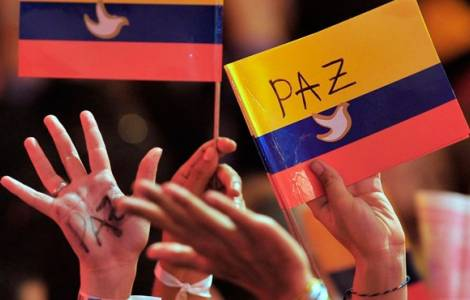 Remise des armes des guérilleros des FARC et pours