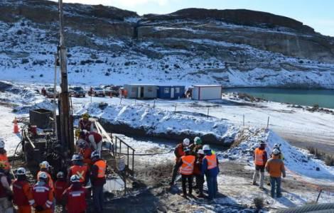 La Patagonia unita nella vicenda dei due minatori intrappolati sottoterra