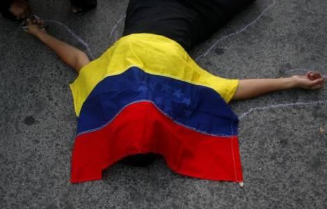 """""""Bisogna rispettare i diritti umani in Venezuela"""" chiede Mons. Padron; un altro giovane morto negli scontri"""