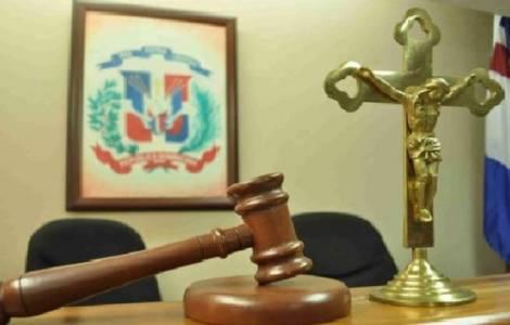 """""""La giustizia torni a seguire un buon cammino"""": Mons. Peña Rodríguez denuncia la corruzione nel sistema giudiziario"""