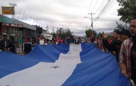 Tensione e clima da colpo di Stato, Solidarietà dei gruppi cristiani