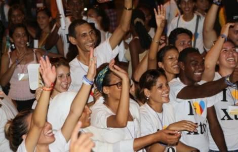 Una chiesa giovane lavora a Cuba