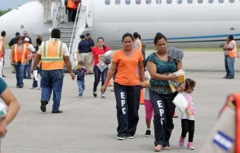Honduras: madri con i loro figli espulsi